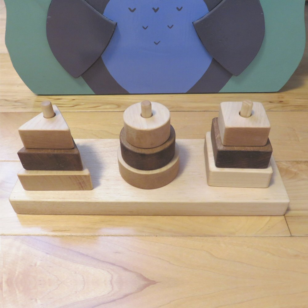 Formes géométriques à insérer : carré, cercle, triangle